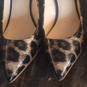 Guess Leopard Pumps